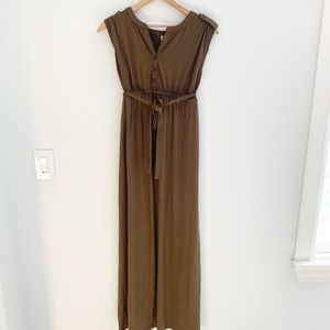 EUC old Navy olive green maternity maxi dress XS